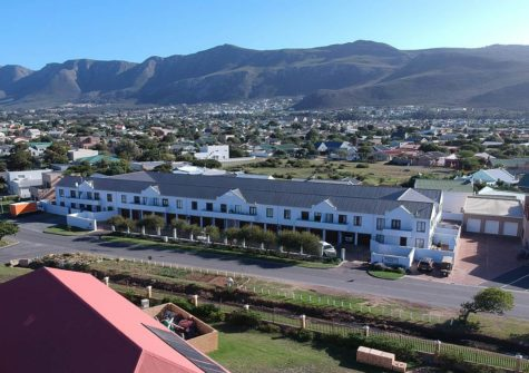 2 Bedroom Apartment, Sandbaai