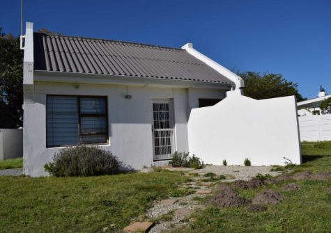 Commercial Property, Sandbaai