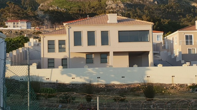 3 Bedroom Home For Sale In Berghof Estate, Hermanus