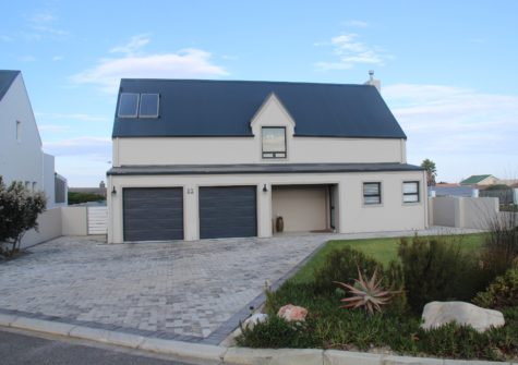 3 Bedroom Home For Sale in Westcliff