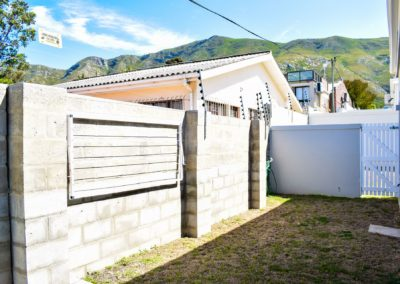 2 Bedroom home for sale in Negester Estate, Onrus